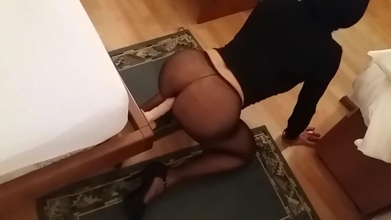anakristina_dildo_fucked_through_pantyhose
